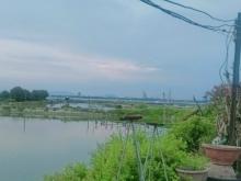 Chính chủ cần tiền bán nhanh lô đất gần view đầm Cam thành Bắc. LH: 0909277255