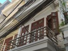 Cho thuê căn nhà phân lô 5 tầng ô tô đỗ trong nhà, gần hồ Quỳnh, phố Võ Thị Sáu