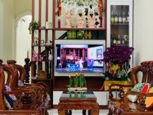 Cho thuê nhà nguyên căn 1 trệt, 2 lầu, hẻm đường Nguyễn Bỉnh Khiêm