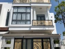 Bán nhà 1 trệt 2 lầu, mặt tiền Quốc Lộ, đẹp nhất ở TP Cần Thơ