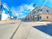 Nhà Phố Oasis City giá chỉ từ 1.6 tỷ, đại học Việt Đức Bình Dương. LH Trí Võ