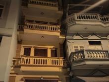Bánnhà ÔTô Tránh Gara,Vỉa Hè 62.8m, 4 tầng, Nở Hậu, Lạc Long Quân 18Ty