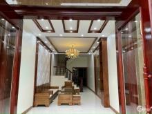 Bán nhà mặt phố Nguyễn Thị Đình, TP HD, 68m2, mt 4m, 4 tầng, 3 ngủ, gara, 5.5 tỷ