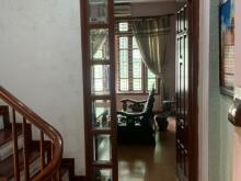 Nhà ngõ Nguyễn Khánh Toàn 50m2 ô tô vào nhà, nhà 5 tầng giá 6.8 tỷ lh 0386380199