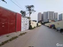 Nhà cấp 4 Trâu Qùy, Gia Lâm mặt đường nhựa ô tô tránh, giá chỉ 3.5 tỷ. LH 092945