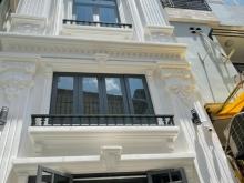 Bán rẻ nhà đẹp tránh dịch 4.2 x 24m 1 trệt 4 lầu trung tâm TP. HCM chỉ 15.3 tỷ