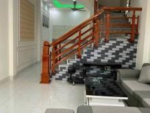 Bán nhà ngõ 88 Vũ Hựu, ph Thanh Bình, TP HD, 3 tầng, 42.8m2, 3 ngủ, ô tô đỗ cửa,