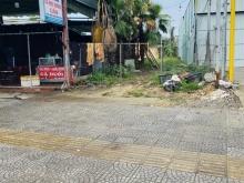 Bán đất mặt tiền Nguyễn Hữu Thọ gần Lê Đại Hành, DT 157.5m2, giá 12 tỷ.