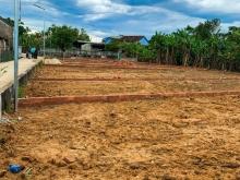 Cần bán gấp 135m5 đất ở gần quốc lộ 1A khu vực Điện Bàn Quảng Nam giá chỉ 650