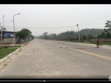 Bán đất đường 22m ven biển Hải Tiến cách biển 100m * Đường 22 mét Trường Phụ kết