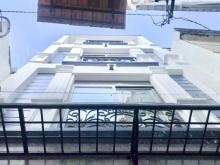 Nhà đẹp, mới xây (38m2) 3 tầng, khu an ninh, hẻm Dương Bá Trạc P1 Q8