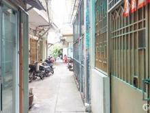 Bán nhà 3 tầng 20m2 đường Võ Văn Kiệt Quận 1
