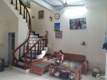 Bán nhà ngõ phố Đàm Lộc, ph Tân Bình, TP HD 40m2, 3 tầng, 3 ngủ, hướng tây, 1 tỷ