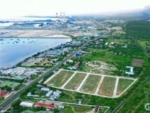 Bán lô góc, hướng biển và đường QL1A, giá 11tr/m2, ngay UBND và trường học