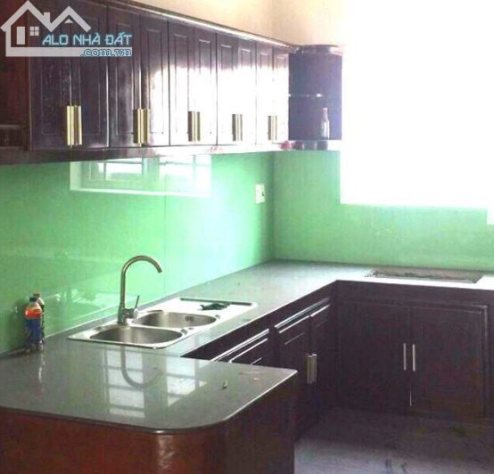 Nhà Dt 4x18.52, 2 Lầu 3 Pn, Hẻm Xe Hơi Huỳnh Tấn Phát, Quận 7