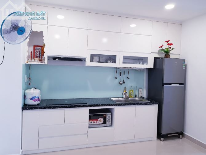 Cho thuê căn hộ chung cư Samland: 80m2-2PN-nội thất cơ bản đầy đủ, giá: 10tr/th