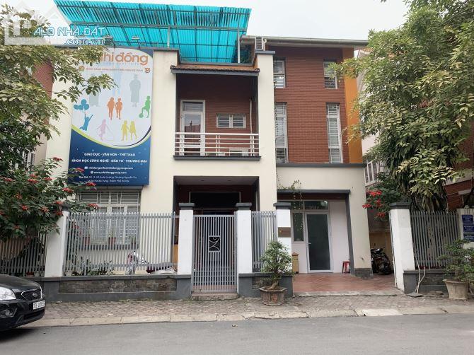 Cho thuê Biệt thự Mỗ Lao Hà Đông 180m 3 tầng vị trí đẹp full nội thất văn phòng chỉ 40tr