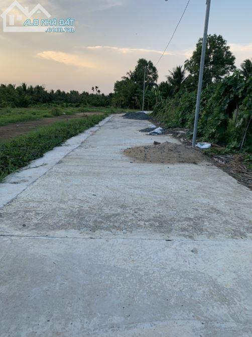 2 nền liền kề thổ cư ở Phú Nhuận giá rẻ gần ngã 3 Nhơn Thạnh