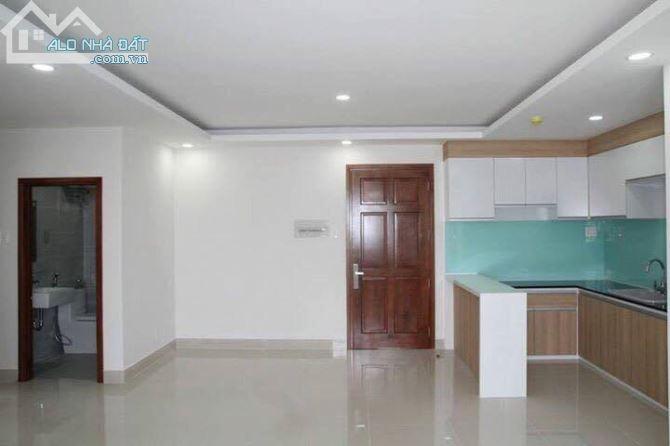 Cho thuê căn hộ Samland Airport 2 phòng ngủ, 2WC nội thất cơ bản (Rèm, ML, bếp) #12 Triệu