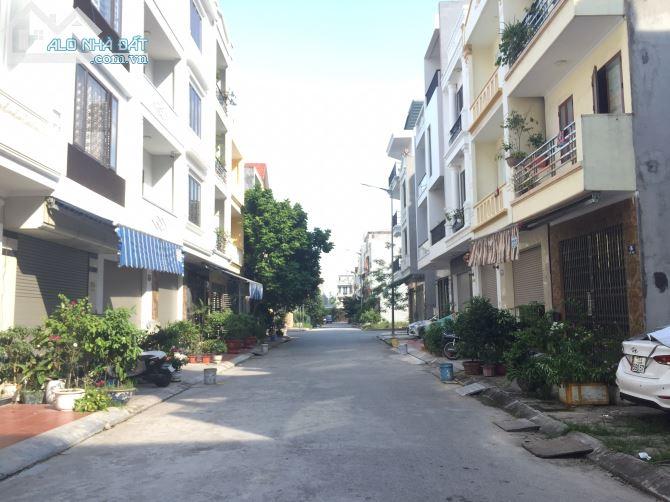 Bán nhà lô góc 4 tầng, mặt tiền 6m, giá chỉ 4.1 tỷ khu tái định cư xi măng Hải Phòng