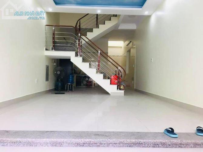 Bán nhà 3 tầng 58m2 Giá Rẻ 1,58Tỷ Ngõ Cam Lộ, Hùng Vương, Hồng Bàng, MT4m, ĐB.