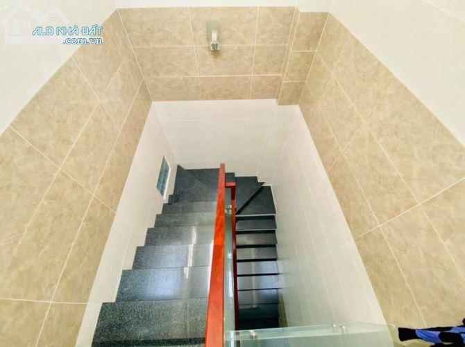 BÁN NHÀ giá sốc đẹp mê ly- Phan Huy ích- 21m2- 2 tầng- P12- Gò Vấp- Chỉ 2.4 tỷ