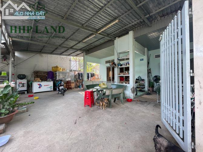 Bán 189m2 đất có sẵn nhà cấp 4 xã Hiệp Hoà