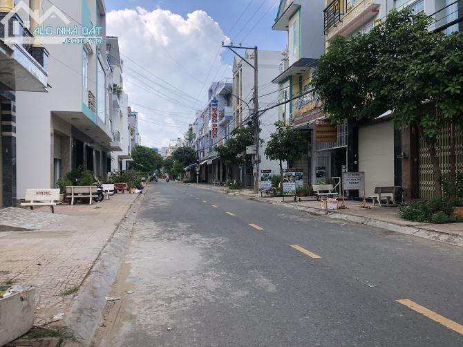 Bán đất thổ cư mặt tiền đường Phan Văn Khoẻ,Đạo Thạnh,Mỹ Tho