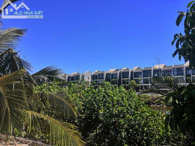 Mặt tiền Đê Pam nhìn kênh qua KĐT Casamia. Nhanh tay sở hữu giá mùa covit