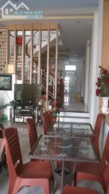 Bán nhà 1 tr 1 lầu KDC HƯNG PHÚ •Vị trí: Đường B3 Kdc Hưng Phú, Phường Hưng Phú