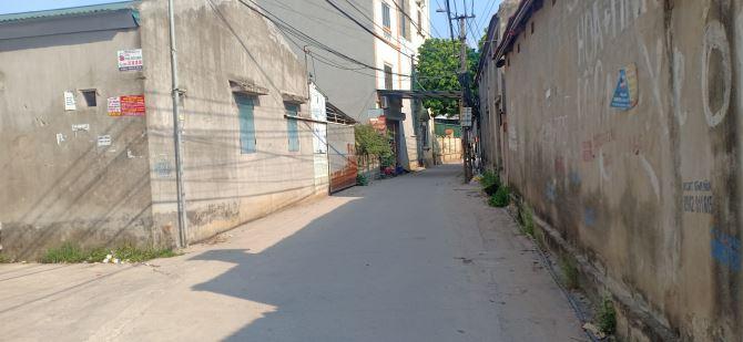 Nhà 3 tầng tại Chí Trung - Tân Quang - Văn Lâm