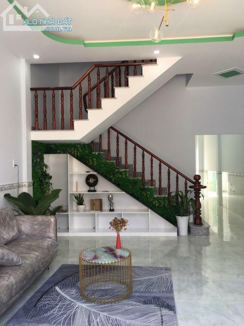 Nhà Mới Xây KDC Trung Thành SHR 5x20m, 1 Lầu 3 Phòng Ngủ, Giá 1 Tỷ 550 Triệu (Bao Công