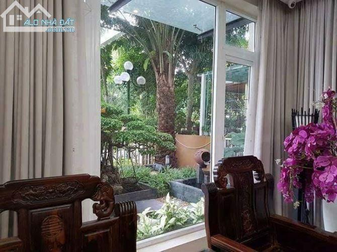 Cho thuê biệt thự để ở đẹp nhất KĐT Việt Hưng. Full đồ cao cấp. Giá 26tr/tháng